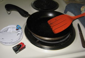 Alarm and fry pan